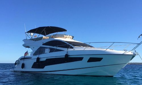 Image of Sunseeker Manhattan 55 for sale in Spain for €895,000 (£775,906) Spain