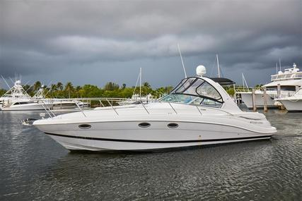 Four Winns 358 Vista for sale in United States of America for $150,000 (£115,332)
