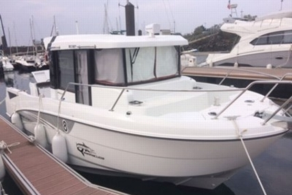 Beneteau Barracuda 8 for sale in France for €65,000 (£56,128)