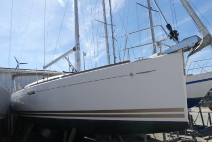 Jeanneau SUN ODYSSEY 379 LIFTING KEEL for sale in France for €139,000 (£123,014)