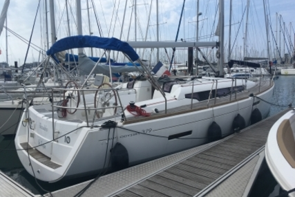 Jeanneau SUN ODYSSEY 379 LIFTING KEEL for sale in France for €129,000 (£113,223)