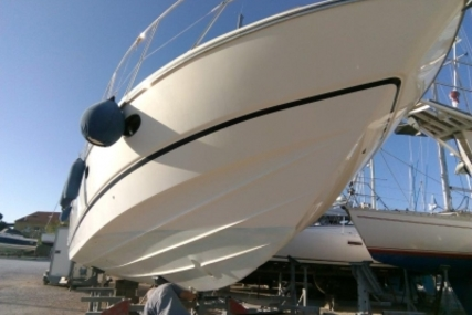 Princess 40 for sale in France for €115,000 (£100,736)