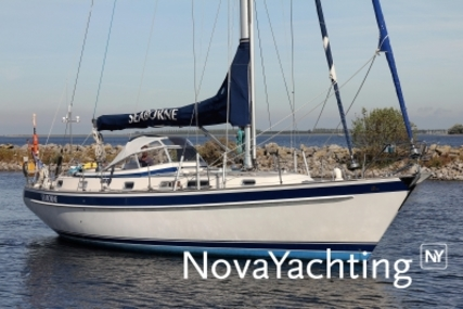 Hallberg-Rassy 42 F MK II for sale in Netherlands for €219,000 (£193,135)