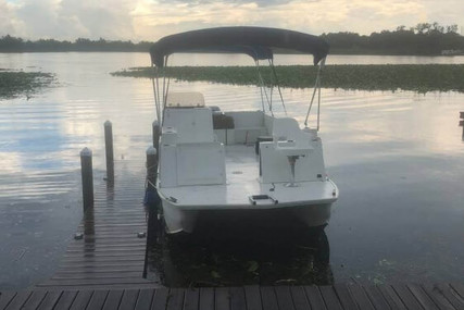 Beachcat 23 salt water for sale in United States of America for $16,500 (£13,036)