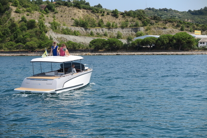 Alfastreet 23 CABIN Prestige Line Fully ELECTRIC with 10 kW engine for sale in United Kingdom for €74,070 (£65,198)