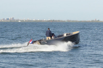 AdmiralsTender Sport 890 for sale in Netherlands for €114,000 (£102,541)
