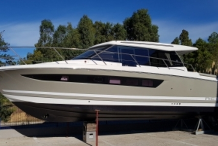 Jeanneau NC 11 for sale in France for €149,000 (£131,080)