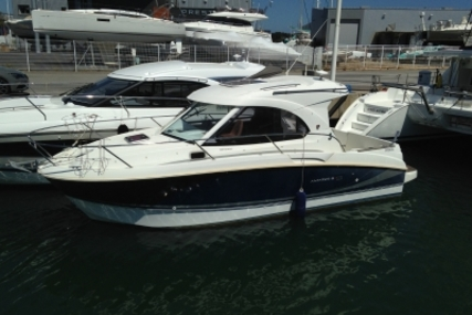 Beneteau Antares 8 for sale in France for €58,500 (£51,642)