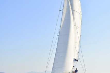 Lagoon 440 for sale in Greece for €268,000 (£236,348)