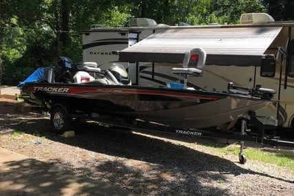Tracker 175 for sale in United States of America for $18,500 (£14,055)