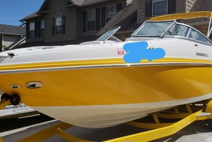 Rinker 262 Captiva for sale in United States of America for $30,000 (£22,792)
