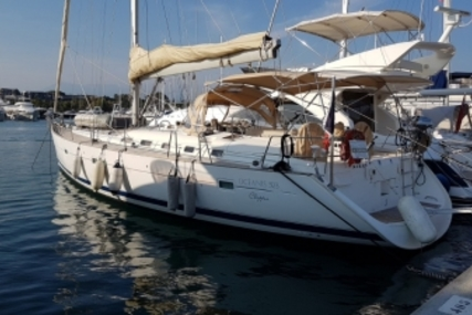 Beneteau Oceanis 523 for sale in France for €129,000 (£113,037)