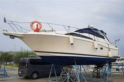 Bayliner Avanti 3255 for sale in Slovenia for €39,000 (£34,260)