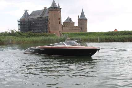 Riva 33 Aqua Cento for sale in Netherlands for €395,000 (£347,528)