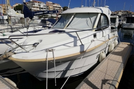 Beneteau Antares 8 for sale in France for €39,500 (£34,893)