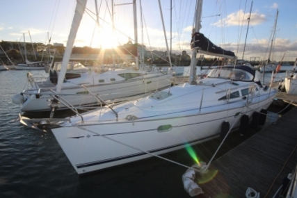 Jeanneau Sun Odyssey 35 for sale in Ireland for €65,900 (£59,197)