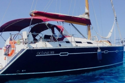 Beneteau Oceanis 393 for sale in Italy for €59,500 (£52,906)