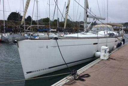 Beneteau Oceanis 54 for sale in France for €235,000 (£212,065)