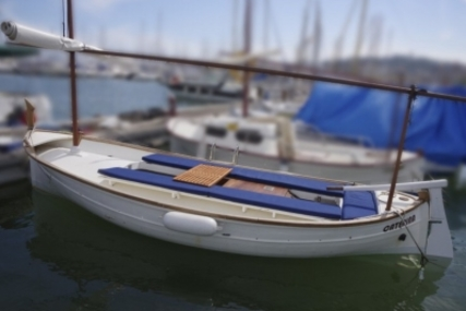 Copino 25 for sale in Spain for €9,900 (£8,806)