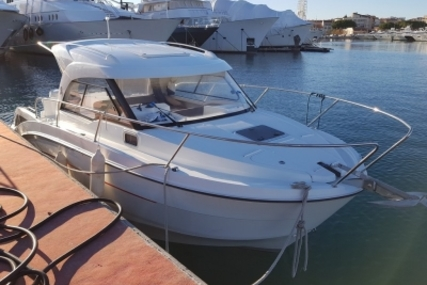 Beneteau Antares 8 OB for sale in France for €68,000 (£59,566)