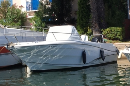 Jeanneau Cap Camarat 7.5 Cc for sale in France for €39,500 (£35,645)