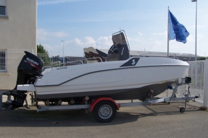 Beneteau Flyer 5.5 Spacedeck for sale in France for €23,500 (£20,108)