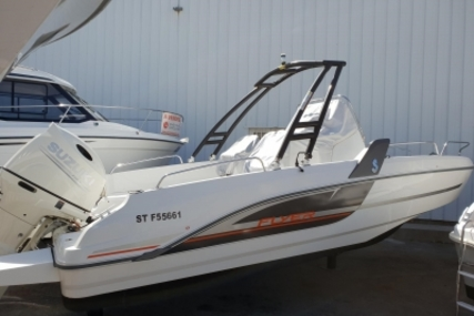 Beneteau Flyer 6.6 Spacedeck for sale in France for €39,000 (£34,329)