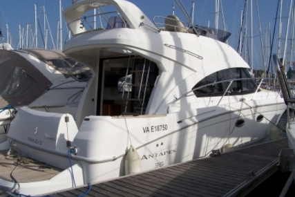 Beneteau Antares 36 for sale in France for €145,000 (£124,068)
