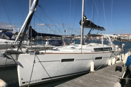 Beneteau Oceanis 41 for sale in France for €179,000 (£157,519)