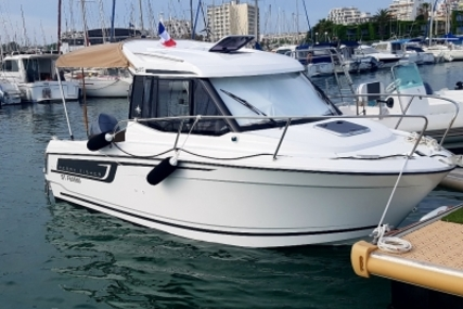 Jeanneau Merry Fisher 605 for sale in France for €33,000 (£29,151)