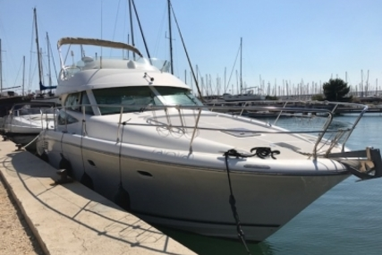 Prestige 42 for sale in France for €155,000 (£134,176)