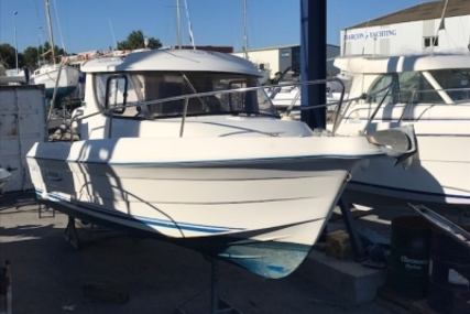 Quicksilver 650 Weekend for sale in France for €14,000 (£12,207)