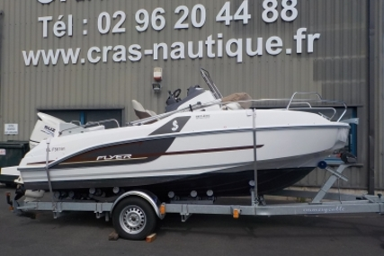 Beneteau Flyer 5.5 Sundeck for sale in France for €28,000 (£24,646)