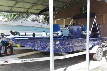 Custom Built 18 Bowfish Mud Duck Fish Frog for sale in United States of America for $19,500 (£15,063)
