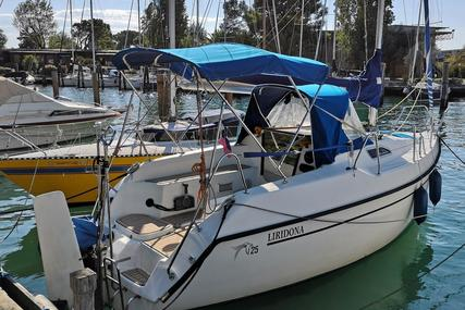 Viko 25 for sale in Italy for €18,000 (£16,006)