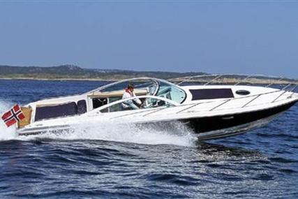 Goldfish 32 Sport Cruiser for sale in France for €110,000 (£96,388)
