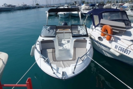Jeanneau Cap Camarat 6.5 BR for sale in France for €36,000 (£31,545)