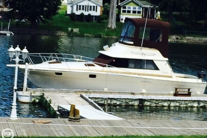 Silverton 34 Convertible for sale in United States of America for $16,500 (£12,733)