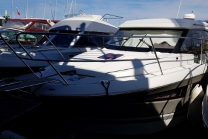 Jeanneau NC 9 for sale in France for €105,000 (£91,976)