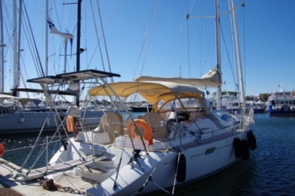 Jeanneau Sun Odyssey 54 DS for sale in France for €285,000 (£251,340)