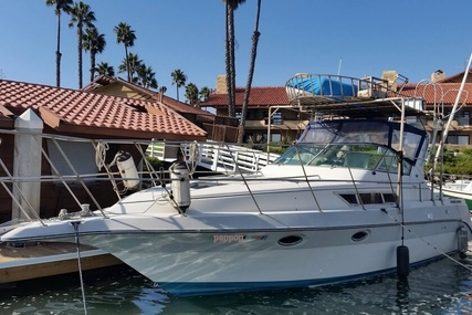 Cruisers Yachts Esprit 3270 for sale in United States of America for $25,000 (£18,901)