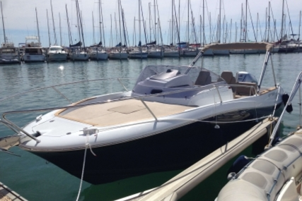 Jeanneau Cap Camarat 7.5 WA for sale in France for €40,000 (£35,050)