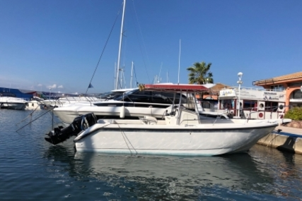 Boston Whaler BOSTON 26 OUTRAGE for sale in France for €32,000 (£28,111)