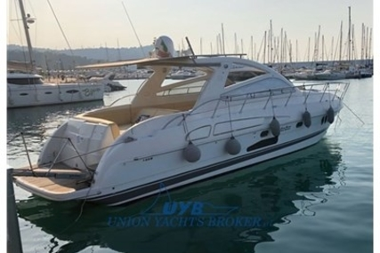 Airon Marine 4300 T-Top for sale in Italy for €160,000 (£144,360)