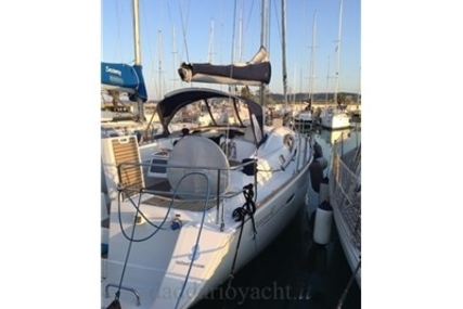 Beneteau Oceanis 40 for sale in Italy for €100,000 (£86,435)