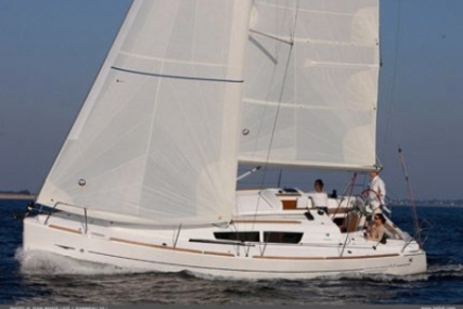Jeanneau Sun Odyssey 33i for sale in United Kingdom for £62,500