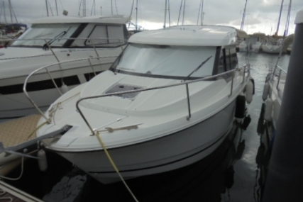 Jeanneau Merry Fisher 795 for sale in France for €52,000 (£45,750)