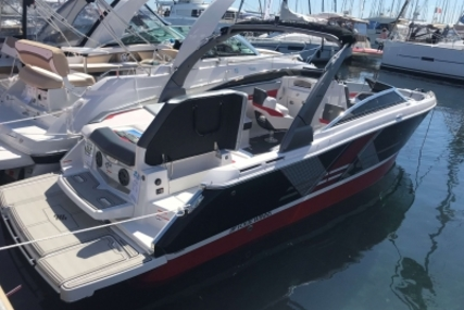 Four Winns HORIZON 260 RS for sale in France for €99,700 (£87,709)