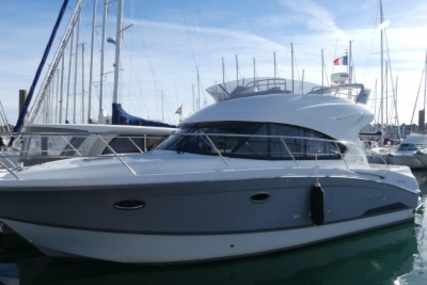 Beneteau Antares 36 for sale in France for €179,000 (£156,850)