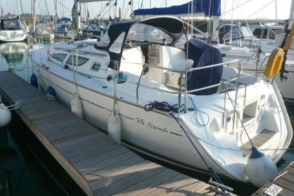 Jeanneau Sun Odyssey 35 for sale in United Kingdom for £54,750